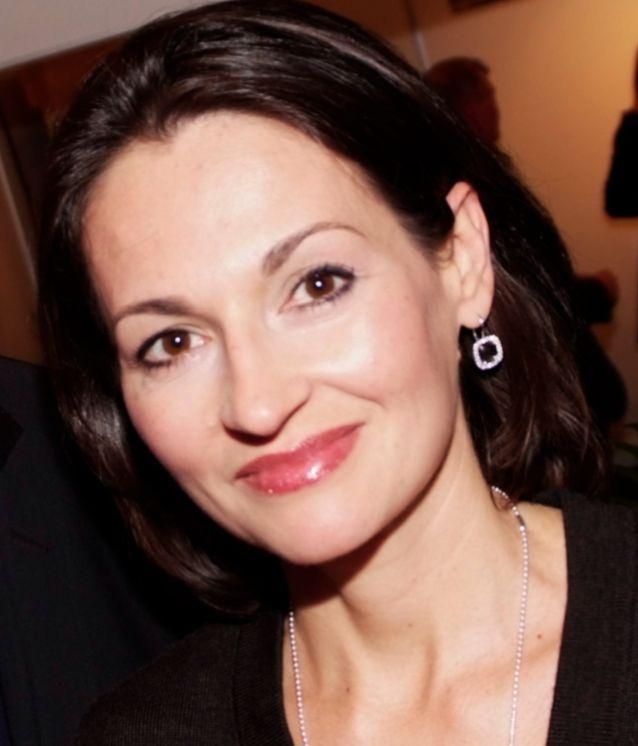 Drs. Lina Nizova